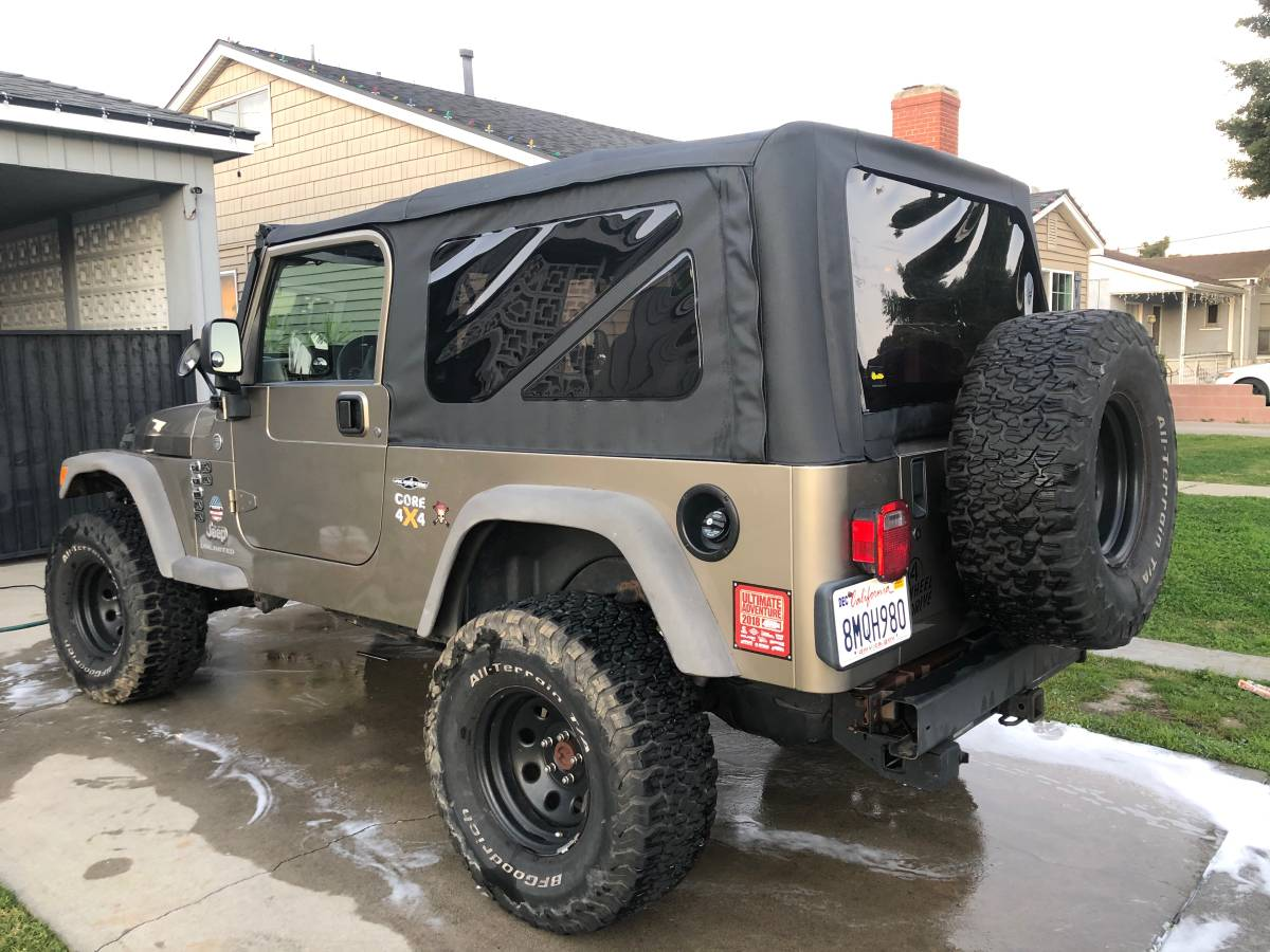 2005 Jeep Wrangler Unlimited For Sale in Carson, CA - $14,900